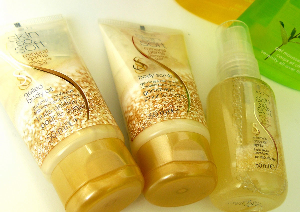 Avon Mineral Germs Glamorous Gold