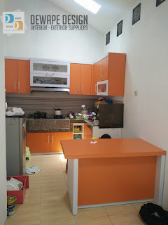kitchen set berwarna orange malang