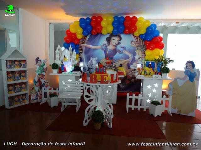 Decoração infantil Branca de Neve - Mesa temática de aniversário - Provençal simples