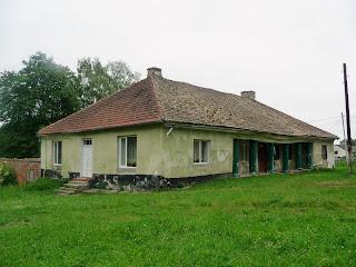 Руда. Будівля колишньої панської садиби