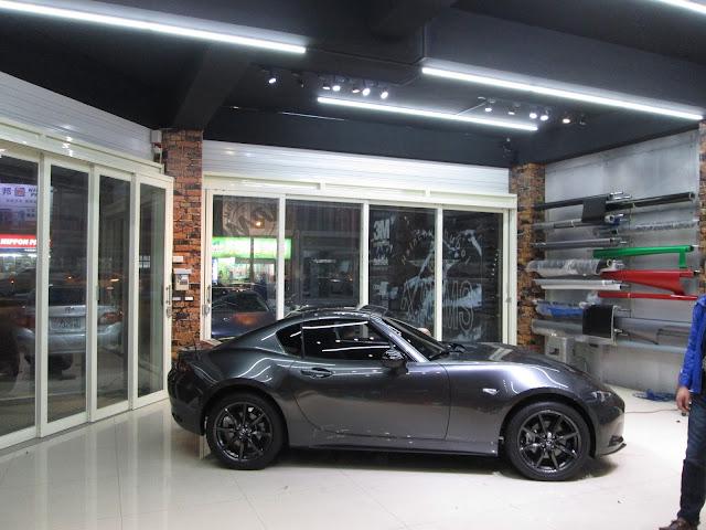 新竹汽車鍍膜,新竹機車鍍膜,  新竹汽車美容,竹北汽車美容      我們利用3M專用膠膜,以專業技術及精細手工來設計專屬您的愛車