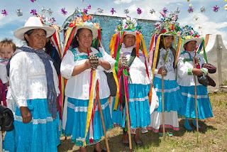 Vestimentas tipicas de la cultura Otomí