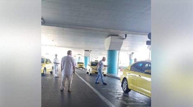Ελ. Βενιζέλος: Ταξιτζήδες έπαιξαν μπουνιές για μια θέση στην πιάτσα! (βίντεο)