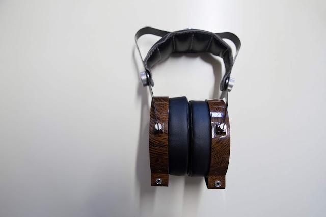 b770f9eb01 El mundo de los auriculares esta lleno de opciones, unas más caras que  otras. Y el año pasado salió en Kickstarter un proyecto en el que se  financiaban unos ...