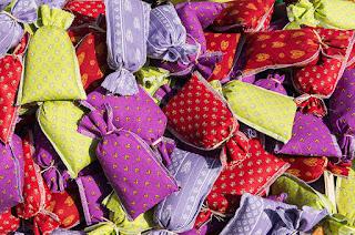 Good Enough Greening Kids Green t ideas for your #2: Sachets variés Viktualienmarkt Munich