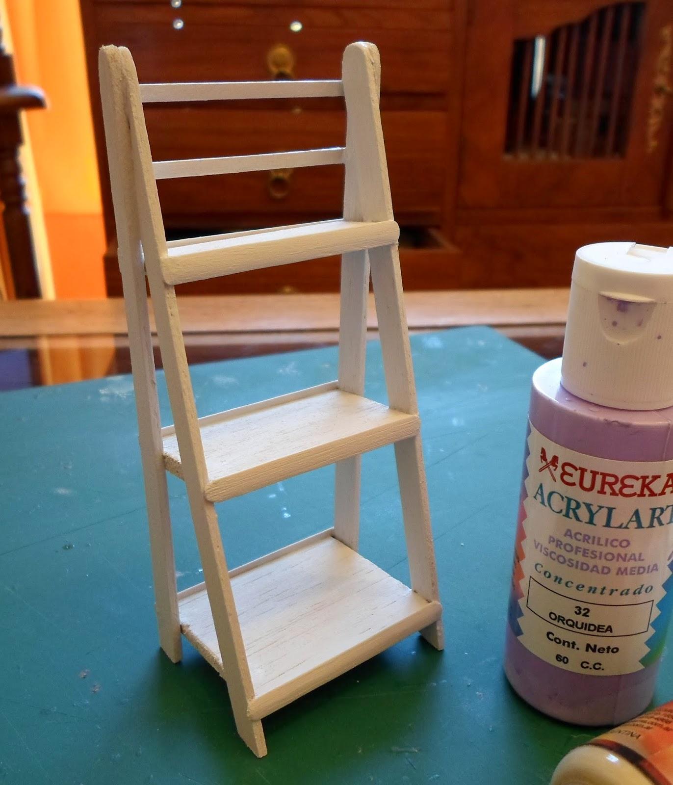 Las margaritas escalera estante de madera para mis for Escaleras de adorno