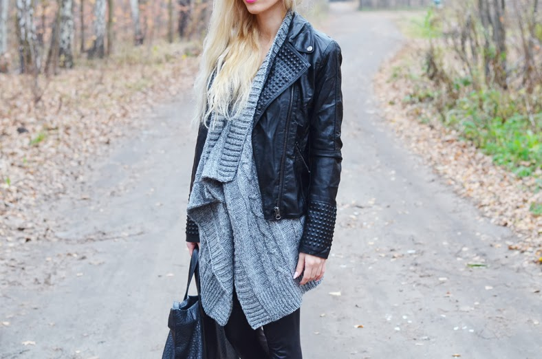 TOTAL BLACK & GRAY WATERFALL SWEATER