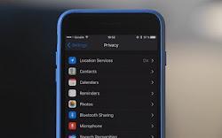 Cara Mengaktifkan Invert Color (alias Dark Mode) di iPhone dan iPad