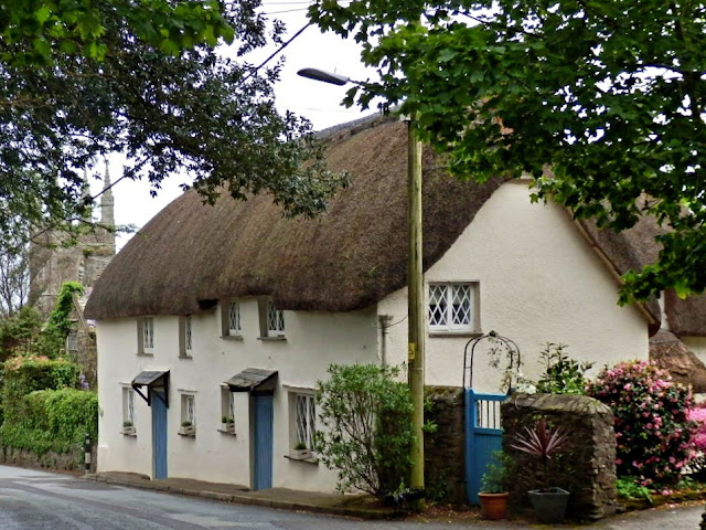 Thatchd cottage in Bude, Cornwall