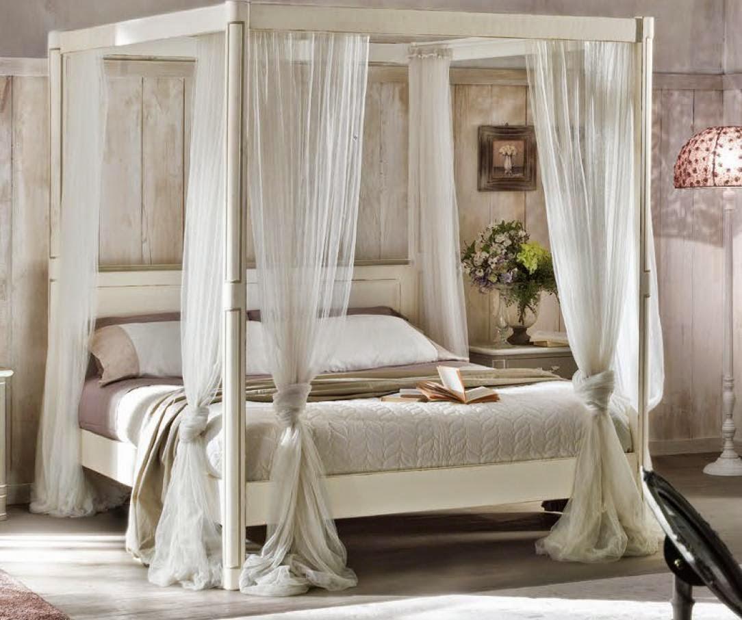Bellissimo letto matrimoniale a baldacchino in legno - Letto a baldacchino in legno ...