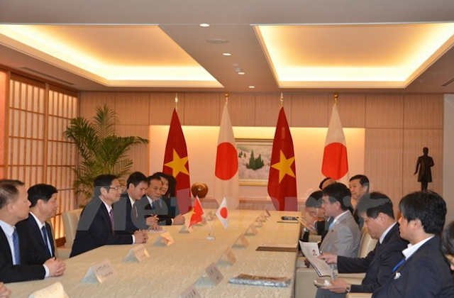 Vietnamese official meets Japanese parliament, foreign ministry leaders