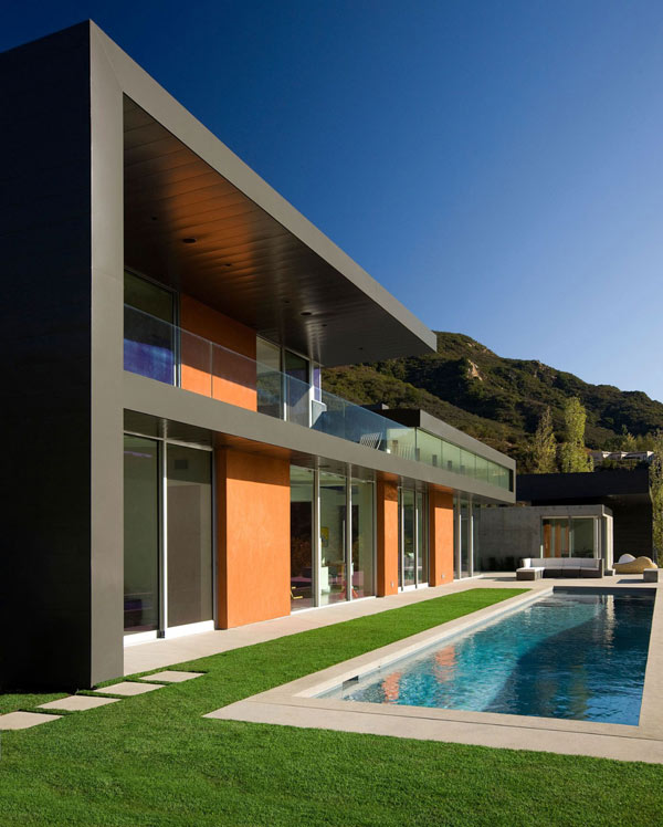 Luxury House In Los Angeles California: Hogares Frescos: Moderna Casa En California Frente A Un