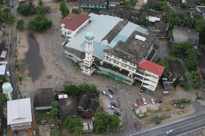 Hasil carian imej untuk masjid rusila marang terengganu