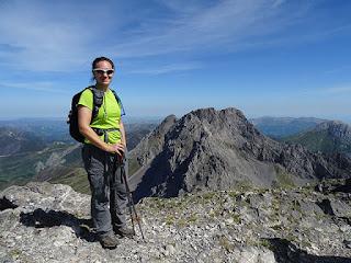 cumbre de Peña Ubiña (2411 m)