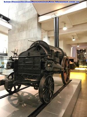 Área de las primeras locomotoras en el Science Museum de Londres