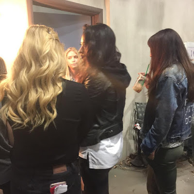 "PLL bts Ashley Benson, Shay Mitchell, Troian Bellisario and Sasha Pieterese 7x10 ""The DArkest Knight"""