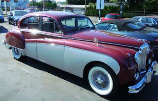 Лимузин на свадьбу Одесса, цена, недорого. Машина/прокат ретро авто на свадьбу в Одессе. Заказ, аренда автомобиля на свадьбу. Аренда кабриолета Одесса