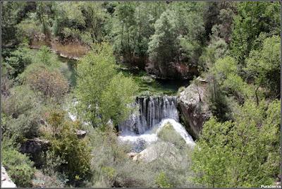 Salto de agua del Río Escabas en la Hoz De Priego