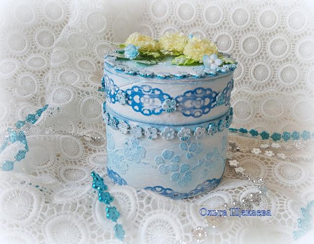 шкатулка, из бобинки от скотча, самодельные цветочки