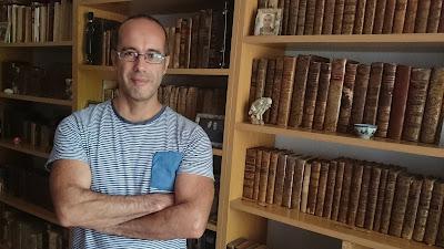 Javier Sachez: «Si alguien no quiere leer, sencillamente es porque no lo considera necesario»