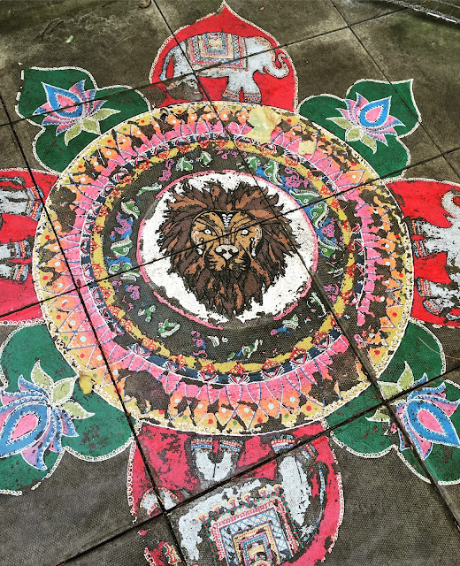 floor art at ZSL London's Land of the Lions