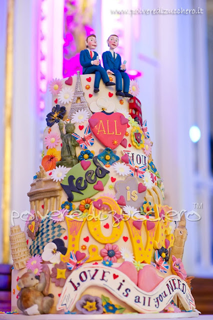 gay wedding cake polveredizucchero.it