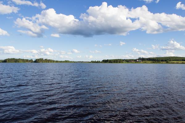 Iisalmi järvi kaunis kesäpäivä-