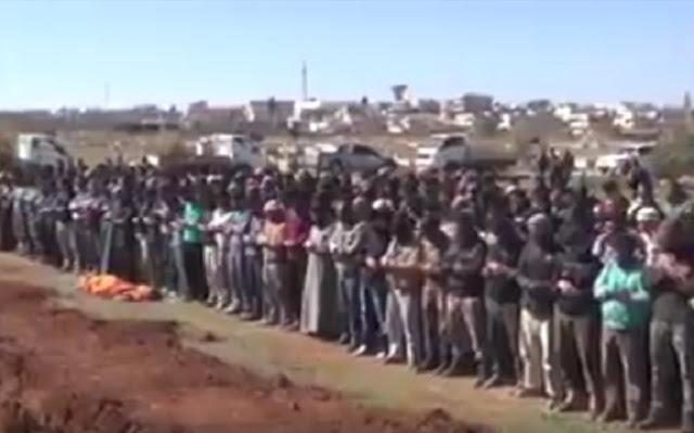 Kejamnya Rezim Bashar Assad, Luncurkan Rudal saat Warga Muslim Shalat Jenazah