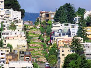 Las calles más empinadas del mundo. Lombard Street en California es una atraccion turistica