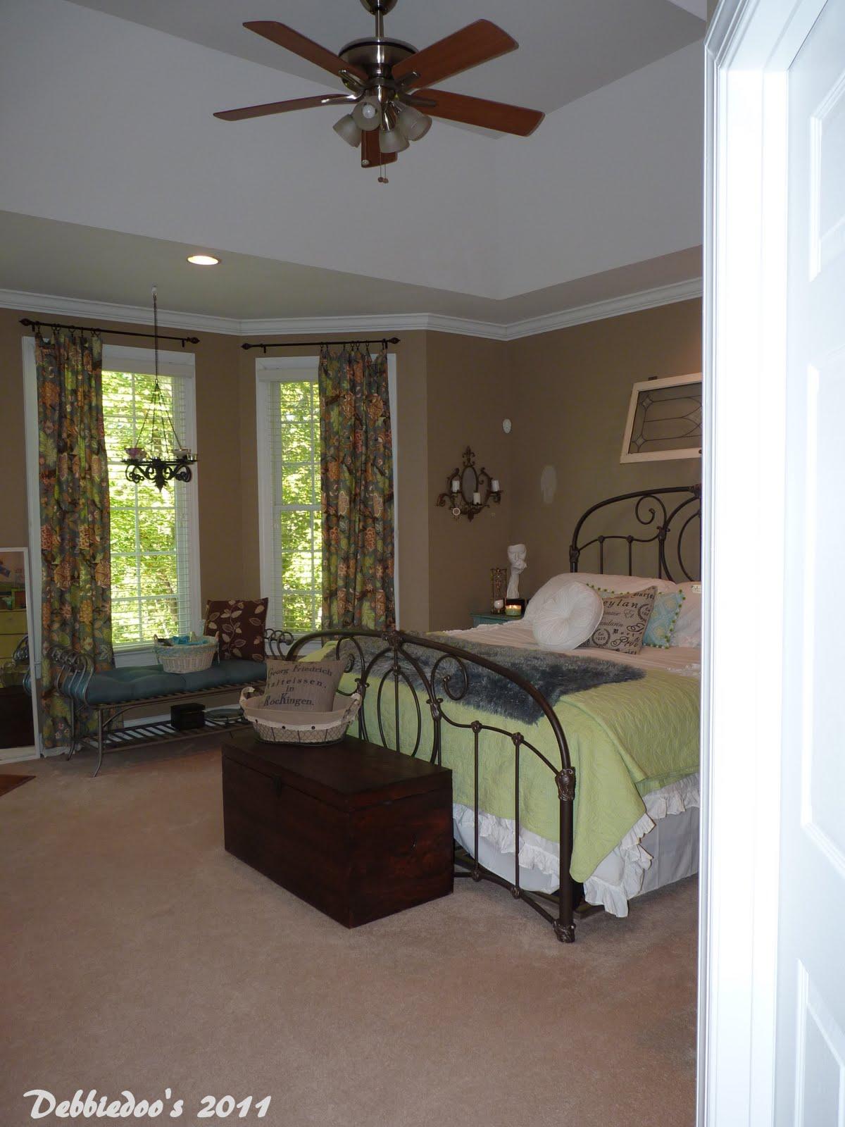 Debbiedoo's: Pottery Barn Inspired Master Bedroom {Shabby