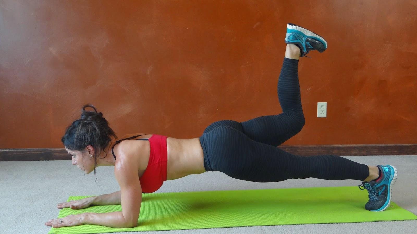 Melissa Bender Fitness: 20 Minute Plank, Push-up & Burn: Workout ...