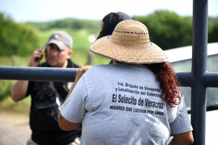 Veracruz: Hundieron una varilla y dieron con la fosa más grande de México; ya llevan 287 cuerpos