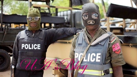 Five SARS Officers Who Invaded AAUA Hostel And Brutalize Students Land In Hot Soup