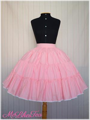 45cm, 5 layers. Skirt 65cm long