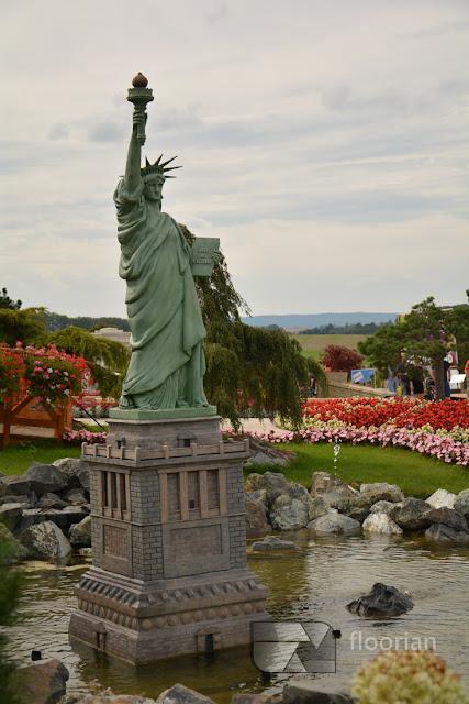 Statua Wolności w Parku miniatur MiniEUROLAND w Kłodzku