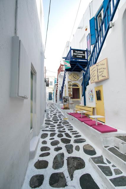 Locale-Mykonos town