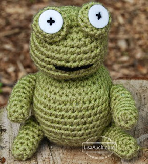 http://translate.google.es/translate?hl=es&sl=en&tl=es&u=http%3A%2F%2Fwww.crochet-patterns-free.com%2F2014%2F05%2Ffree-amigurumi-frog-crochet-pattern.html