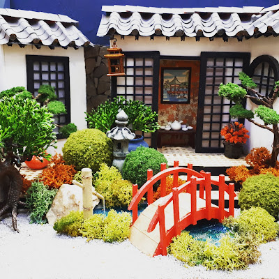 One-twelfth scale miniature japanese garden