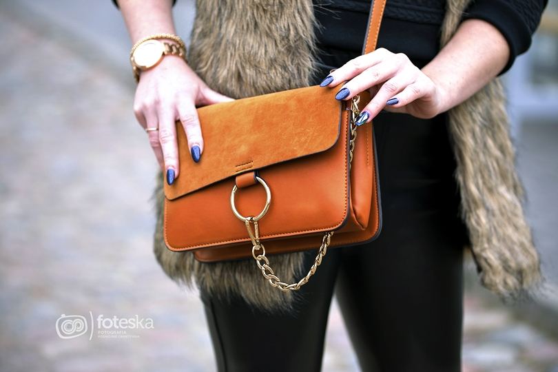 fashion, lorus, bonprix, słowiański warkocz, warkocz na bok, kłos, futerko, vest faux, skórzane legginsy, botki, słupek, chloe, pantofelek24, vices,