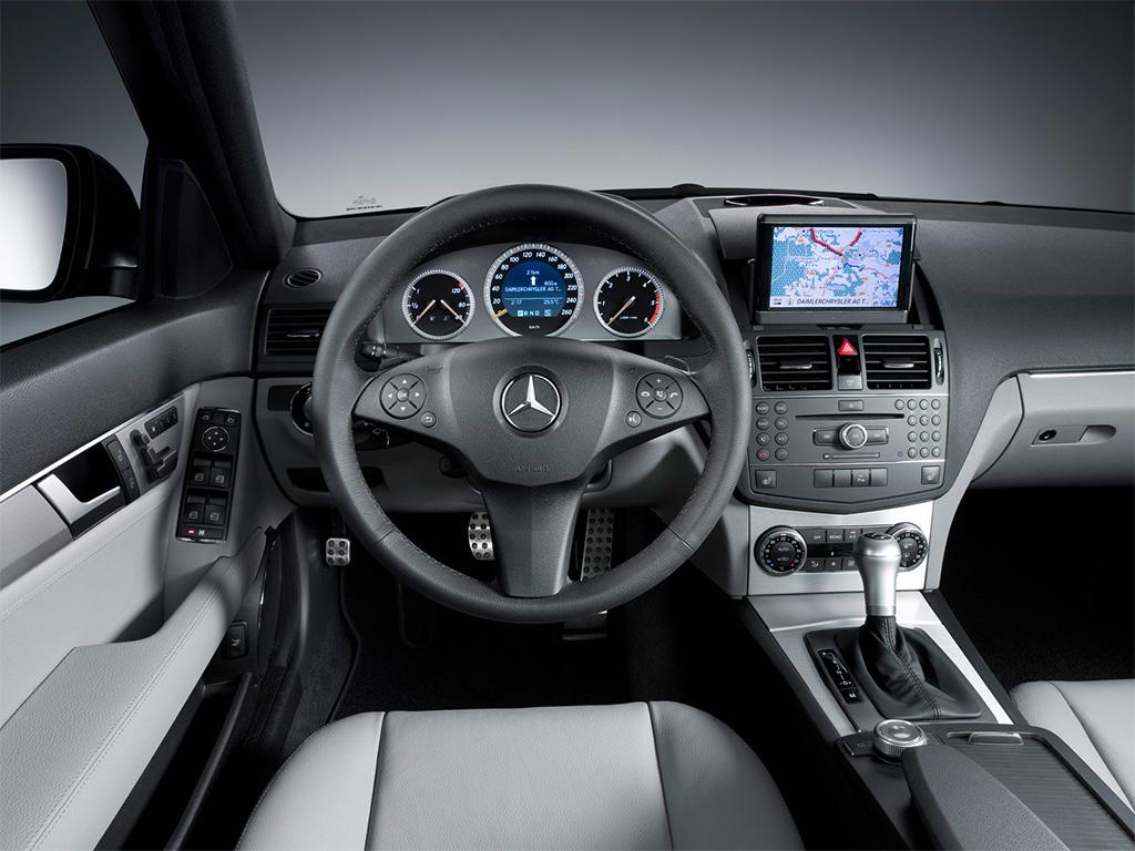 Mercedes-Benz C-Class Picture