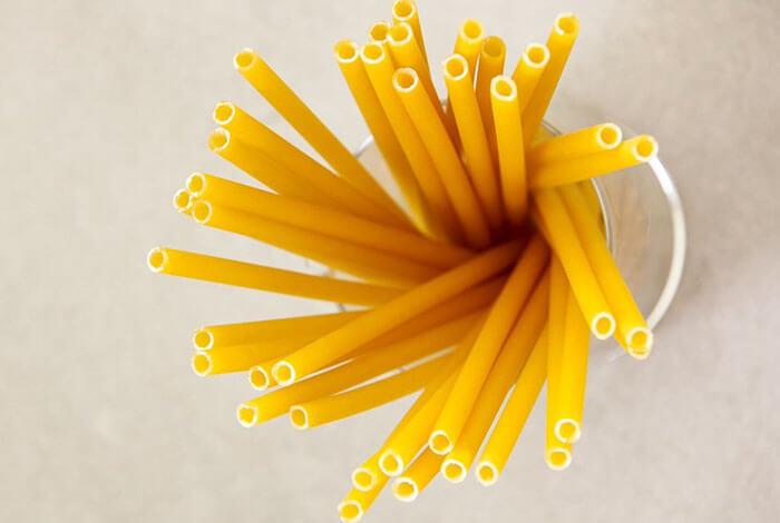 Italian Bars Are Using Pasta Straws To Reduce Plastic Waste