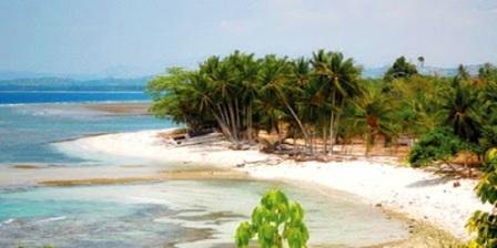 wisata pantai di sulawesi barat