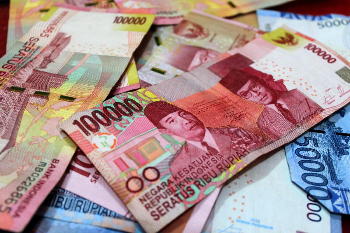Pengertian / Definisi Uang, Lengkap Sejarah, Fungsi, Jenis ...