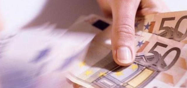 Τέλος τα μετρητά στις συναλλαγές; - Μεγάλη μείωση του πόσου πάνω από το οποίο είναι υποχρεωτική η χρήση κάρτας