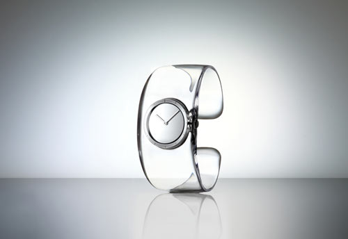 Diseño de reloj transparente