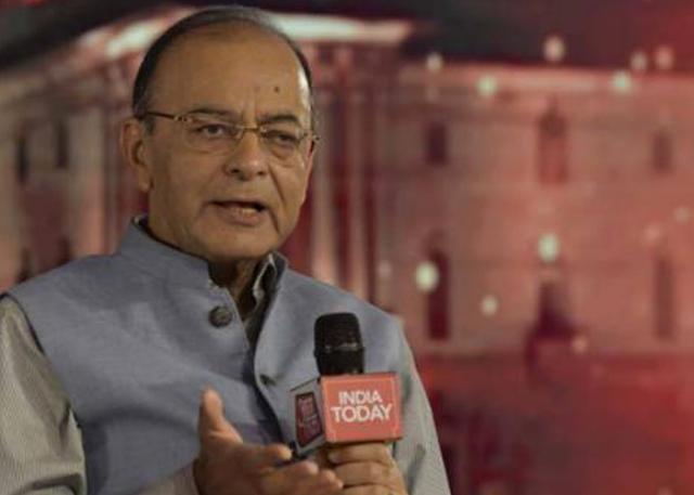 breaking news केंद्रीय वित्त मंत्री अरुण जेटली ने राहुल गांधी सहित विपक्ष के नेता पर हमला किया