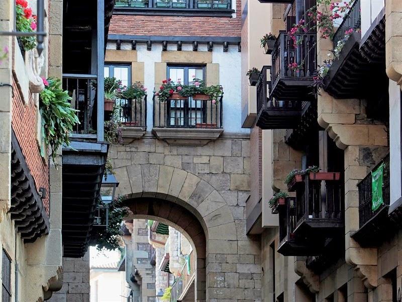 Испания, Фуэнтерабия,туризм,купить путевку в Испанию,где отдохнуть в Испании,Италия,Турция,Египет