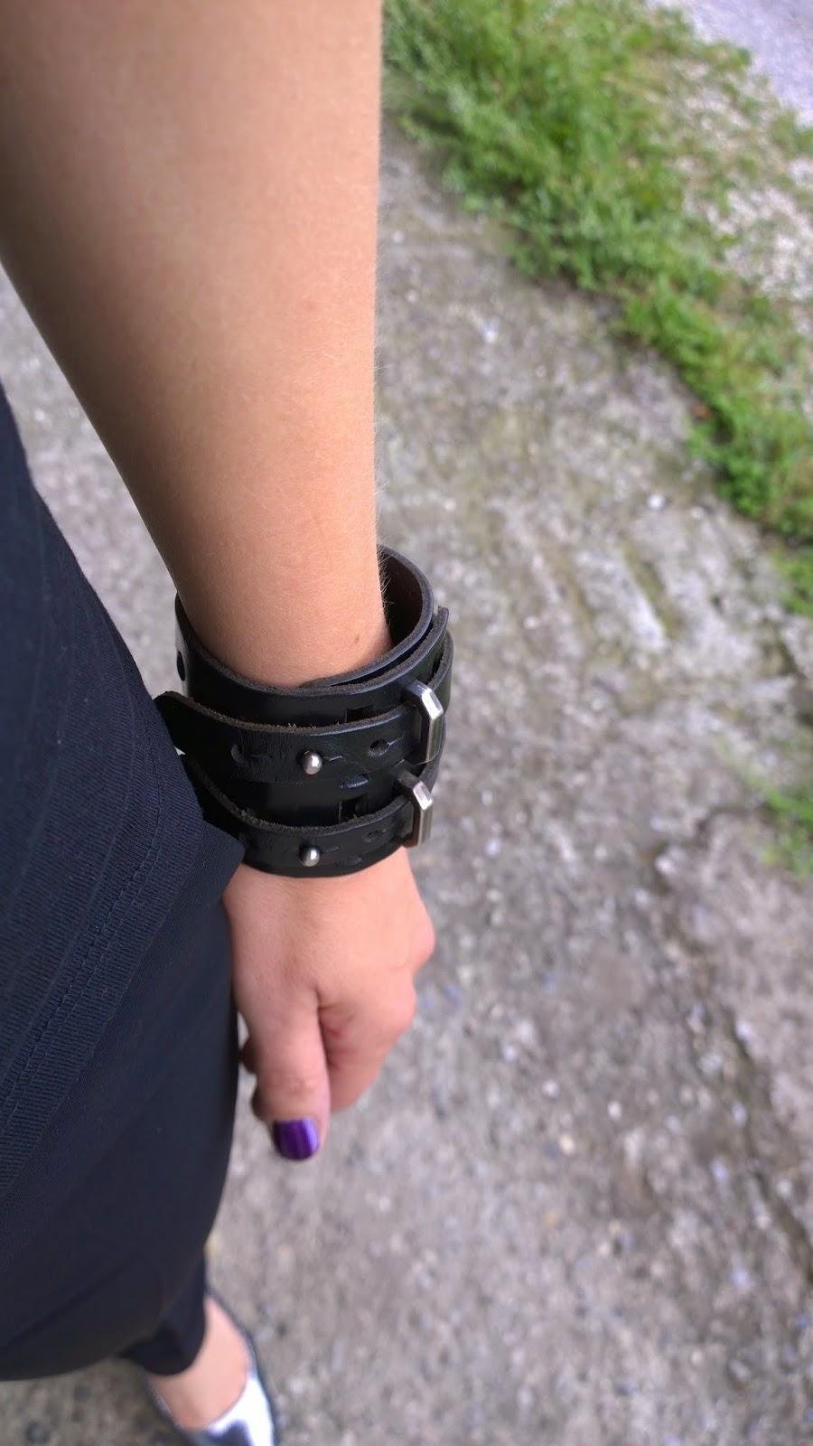braccialetto di pelle