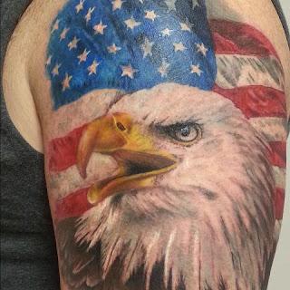tato elang berwarna