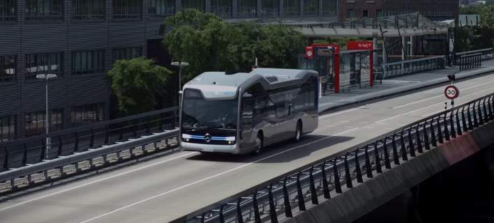 Η Mercedes-Benz παρουσίασε το λεωφορείο του μέλλοντος... Χωρίς οδηγό! (Video)